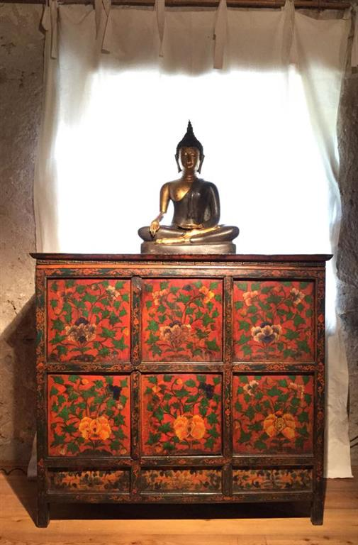 Antichita d eccellenza pordenone antiquaria anche con - Mobili tibetani antichi ...