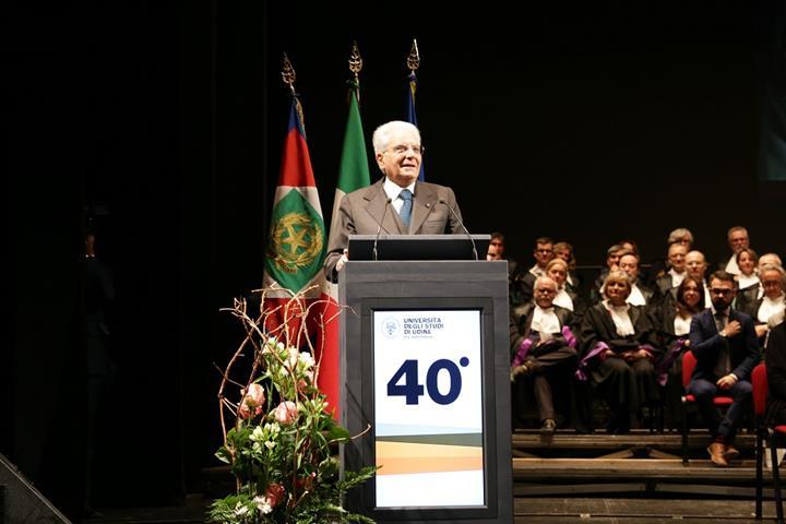 Il Presidente Mattarella durante il suo discorso 2 (Small)