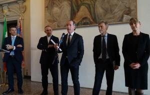 VENETO, PRIMA REGIONE IN ITALIA, FIRMA CONTRATTO DI SERVIZIO PER TRASPORTO FERROVIARIO CON TRENITALIA