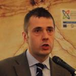 MATTONE CONTRO AMBULANZA: SINDACO PORDENONE, MINNITI E SERRACCHIANI INTERVENGANO