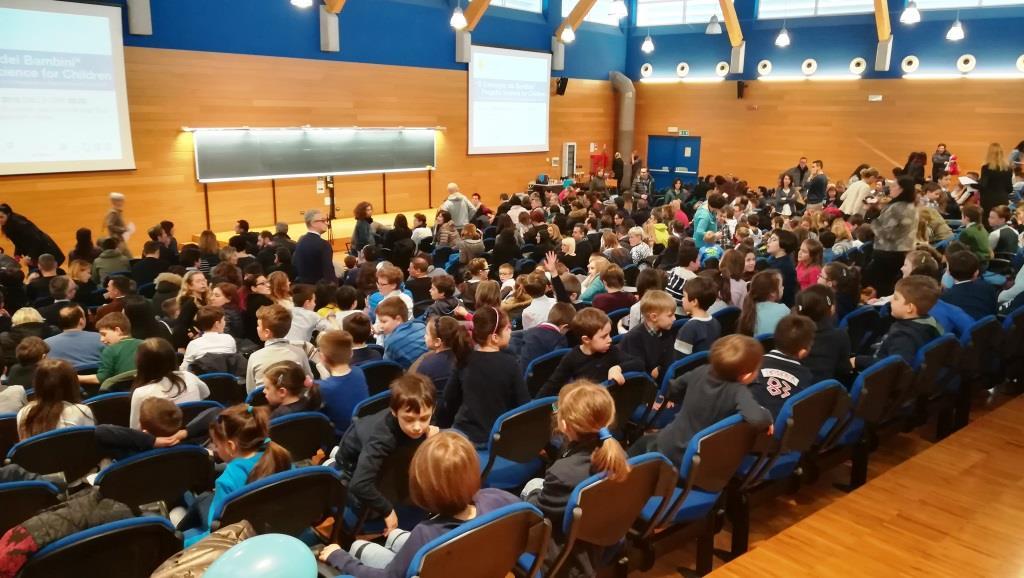 Ufficio Formazione Per La Ricerca Uniud : Uniud u2013 la carica dei 400 u2026 bambini euroregionenews