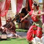 INDIAN VILLAGE – LE BUGIE HANNO LE GAMBE CORTE …. LE BALLERINE LE HANNO LUNGHE