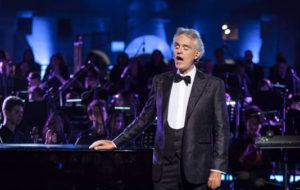 Newsready: Grandi celebrità attese all'Arena di Verona per La Notte di Andrea Bocelli