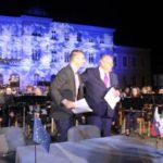 FIRMATO L'ACCORDO, PER GO2025. CERIMONIA E FESTA IN PIAZZA EUROPA