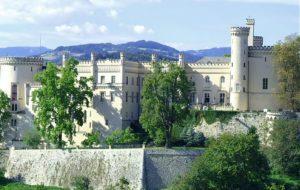 SHLOSS WOLFSBERG: UN CASTELLO STILE TUDOR IN AUSTRIA