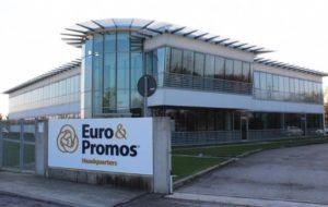 DA EURO&PROMOS DONATI  250 CAMICI  PER RISCHIO BIOLOGICO