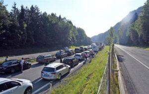 AUSTRIA: CONTROLLI AL CONFINE PER AUSTRIACI PROVENIENTI DALLA CROAZIA